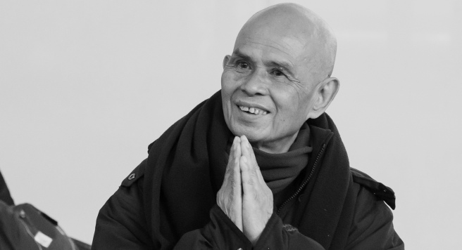 thich-nhat-hanh-arrives-by-kelvin-cheukcopy